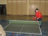 Rozgrywki turniejowe w tenisie stołowym.